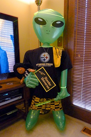 Steeler Alien